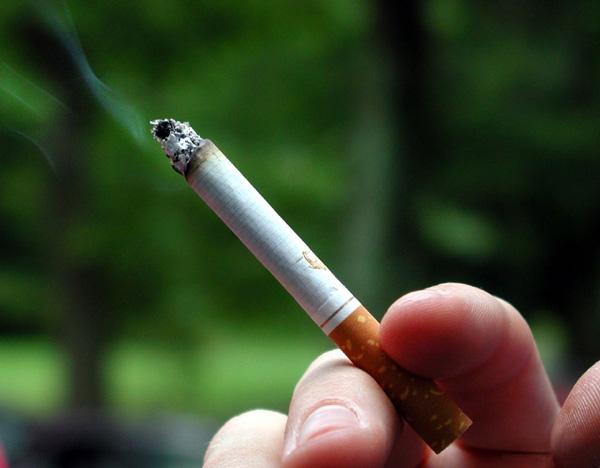 吸烟是引发白癜风的罪魁祸首么